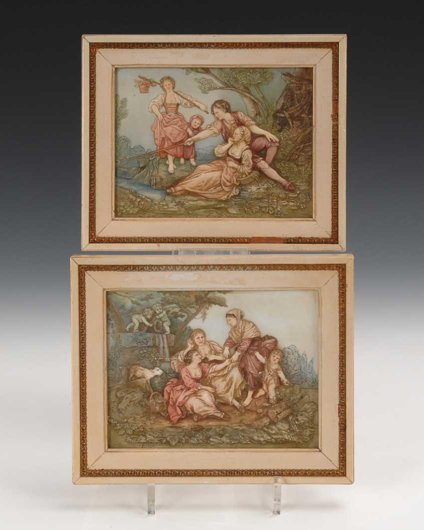 2 Biskuit-Reliefplatten, ENS. - Foto 1