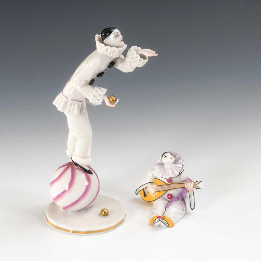 2 Pierrots, The Augarten. - photo 1