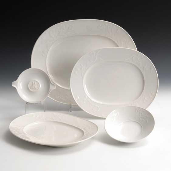 3 Platten, 1 Schälchen und 1 Ascher - Foto 1