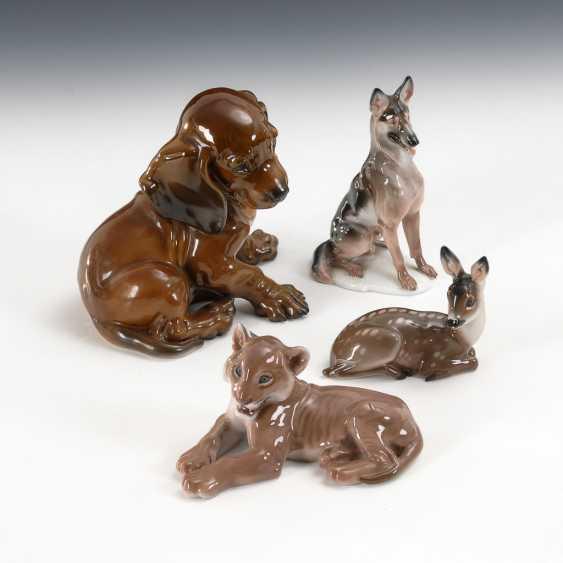 2 Hunde, Löwe und Reh, Rosenthal. - Foto 1
