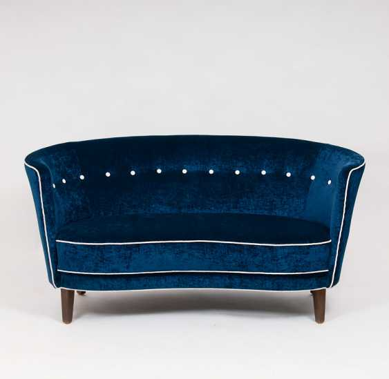 ''Mid-Century Sofa'' - photo 1