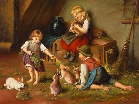 Undeutlich signierTiefe: Kinder mit Hasen. - Foto 1