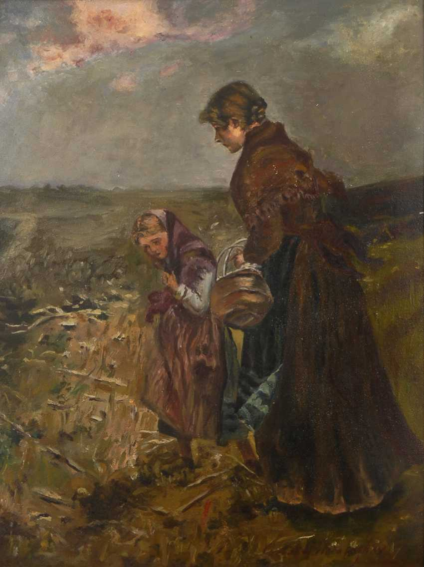 Indistinct marking depth: mother and child in autumn landscape. - photo 1