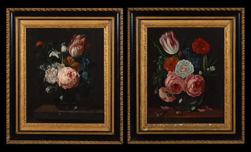 Zwei dekorative Blumenstücke. - Foto 1