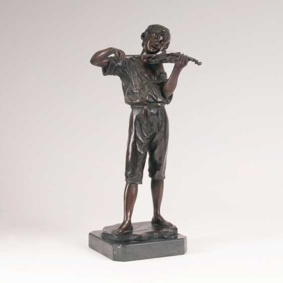 "Martin Götze ""Bronze Sculpture 'Young Violinist""' - photo 1"