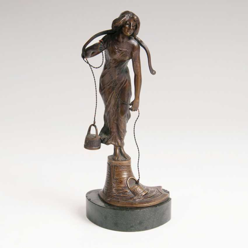 "Victor Heinrich Seifert ""Small Bronze Figure 'The Water Carrier,""' - photo 1"