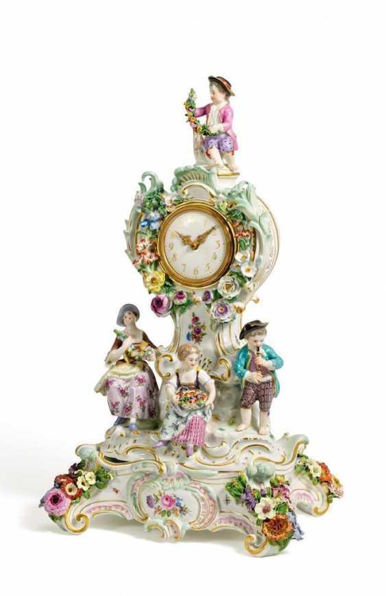 Pendule, with the gardener's children - photo 1