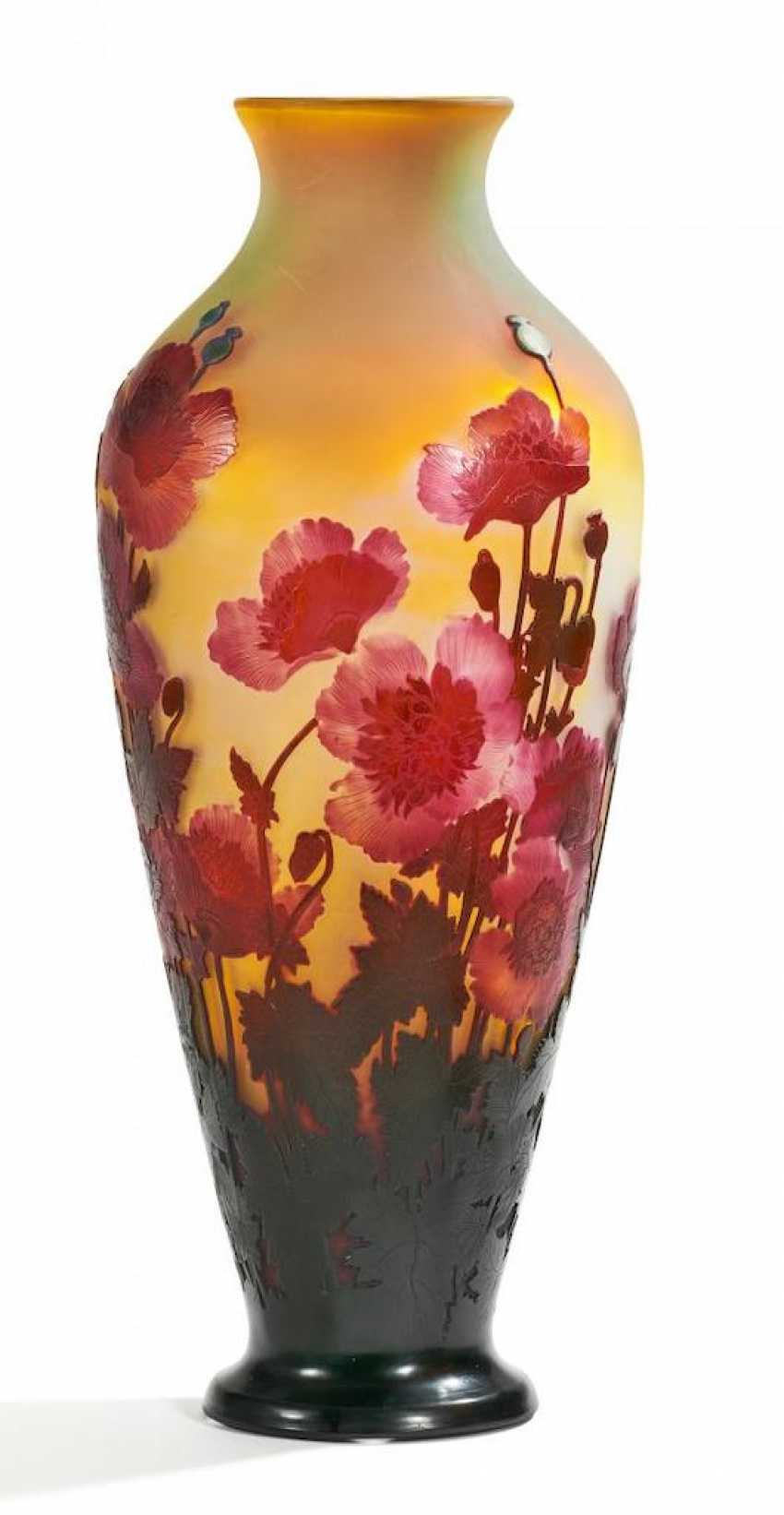 Exceptionally large Vase with Oriental poppies - photo 1