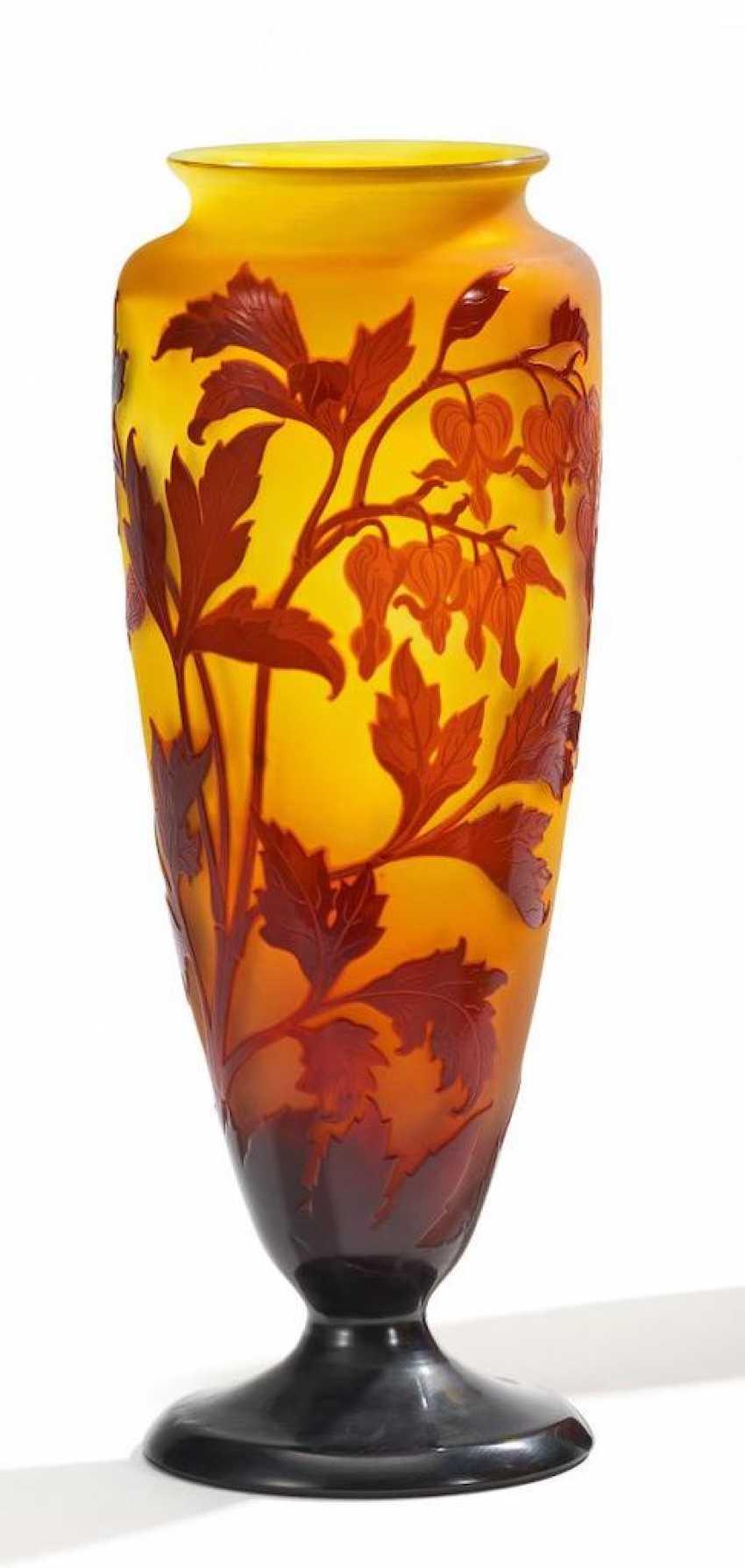 Large baluster-shaped Vase with Teardrop heart - photo 1