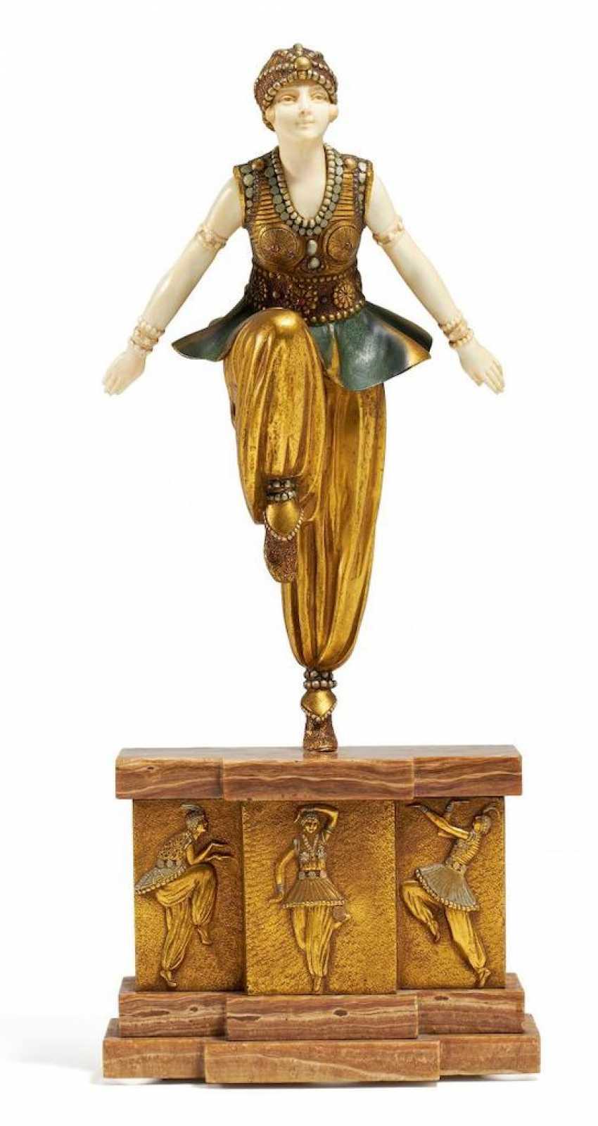 Orientalische Tänzerin - Foto 1
