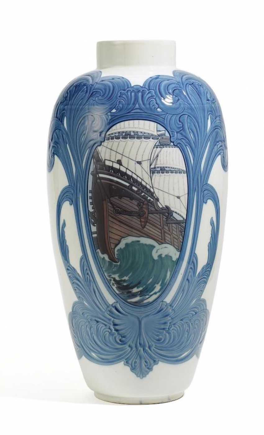 Large floor vase with a Maritime decor - photo 1
