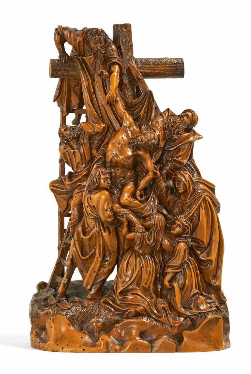 Representation of the descent from the cross - photo 1