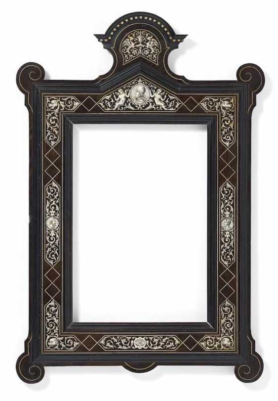 Magnificent frame in the style of Renaissance - photo 1