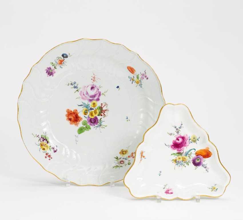 Große runde Platte mit Blumendekor - Foto 1