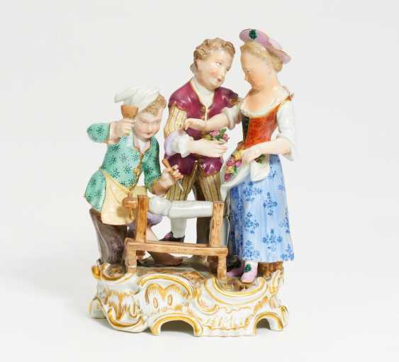 """Children's Group """"Doll Makers"""" - photo 1"""