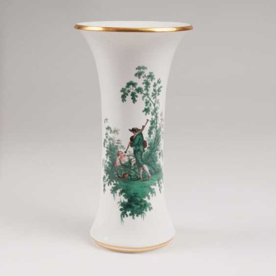 """""""Trumpet vase with copper green Watteau painting"""" - photo 1"""