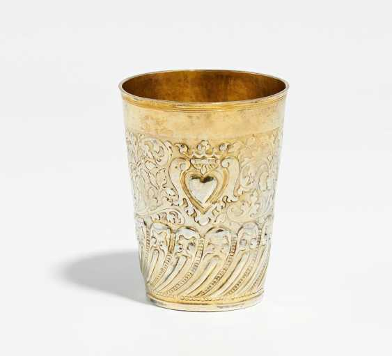 Cups with fine relief decoration and a flaming heart - photo 1