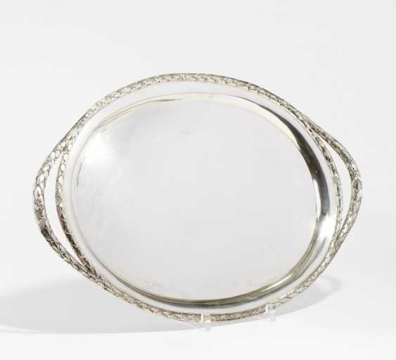 Large oval tray with Lorbeerzier - photo 1