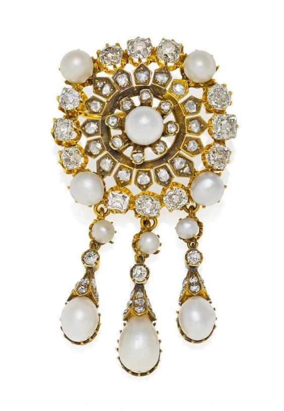 Natural Pearl And Diamond Brooch - photo 1