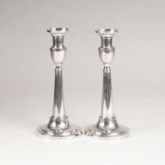 "Johann Heinrich Busch, ""Pair of neo-classical table candlesticks"" - photo 1"
