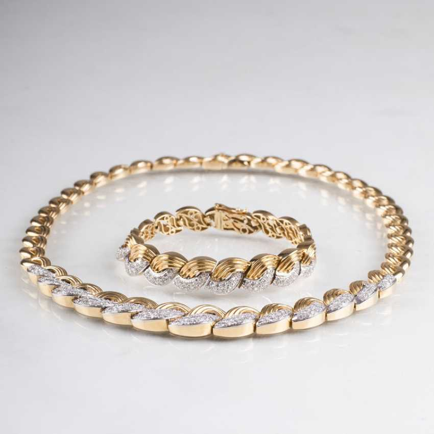 """""""High-quality Gold-diamond-jewelry with necklace and bracelet"""" - photo 1"""