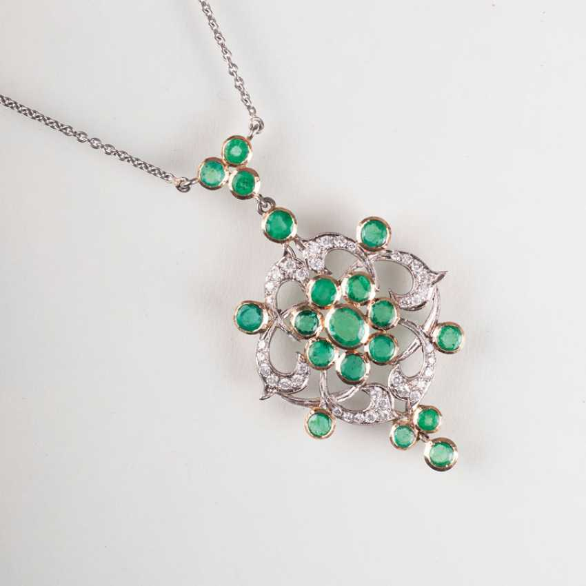 """""""Emerald and diamond pendant with chain"""" - photo 1"""