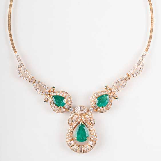 """Extraordinary, high-profile emerald and diamond necklace"" - photo 1"
