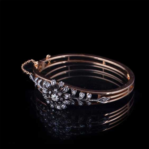 Gold bracelet with old-cut diamond and diamonds - photo 1