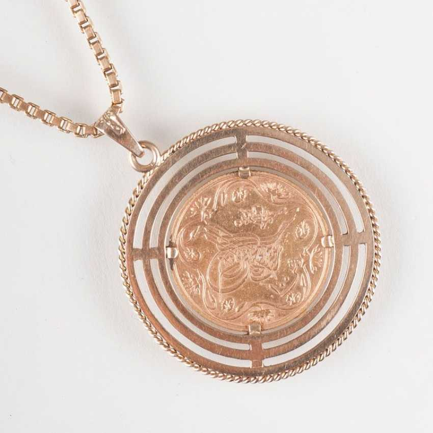 """Coin pendant on a long chain"" - photo 2"