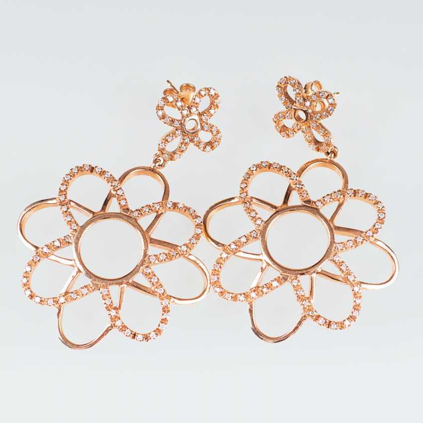 """Pair of modern Gold and diamond pierced earrings in flower shape"" - photo 1"