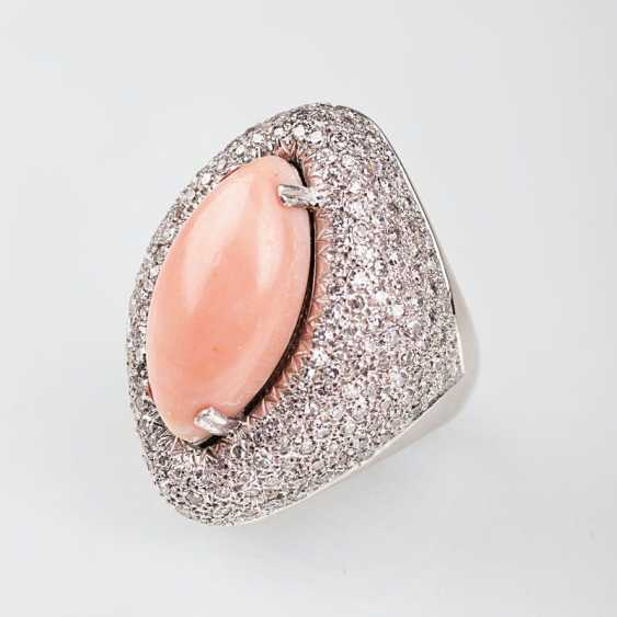 """""""Large angel skin coral Ring with diamond trim"""" - photo 1"""