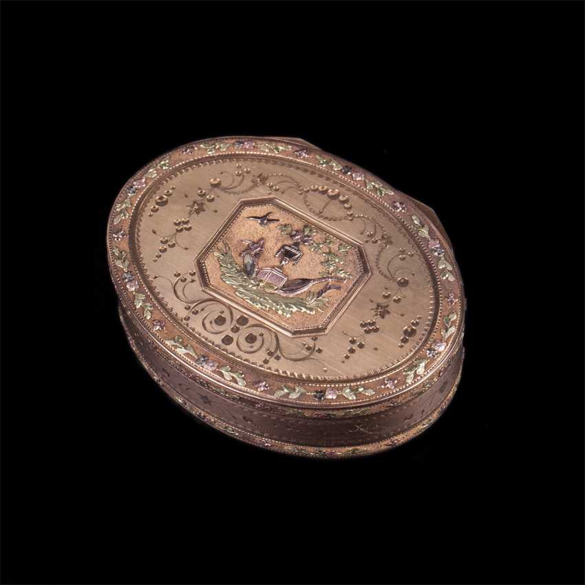 Vintage 18K gold box for jewelry with floral motifs - photo 1