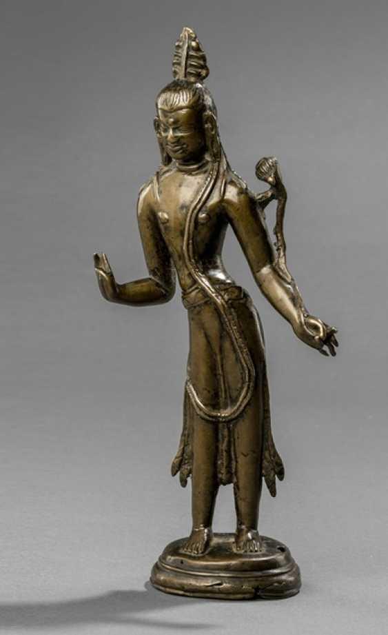 Early Bronze of Padmapani on a Stand - photo 1