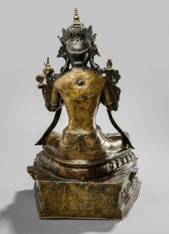 Bronze of Maitreya on a Pedestal sitting, in two Parts worked - photo 2