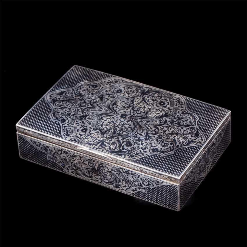 Russian silver box with niello - photo 1