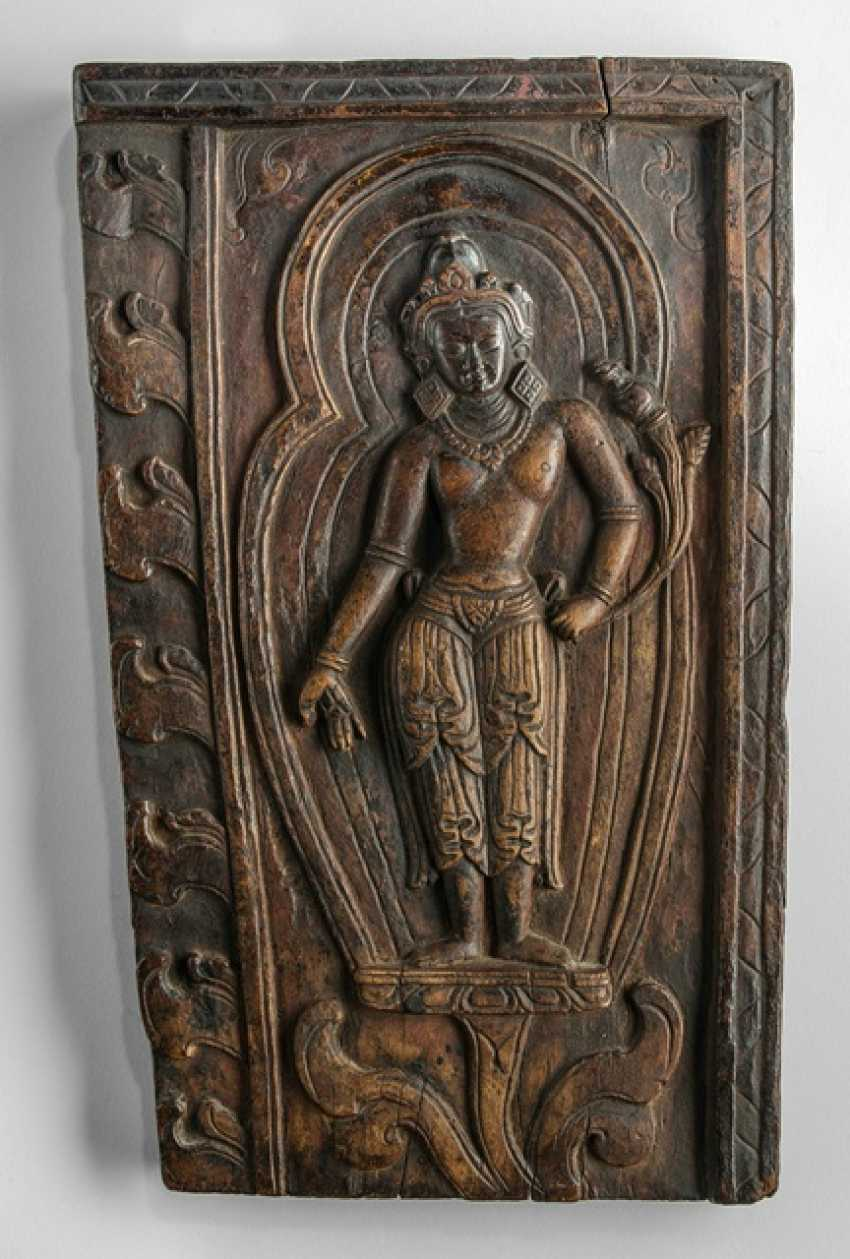 Panel made of wood with a representation of a Bodhisattva - photo 1