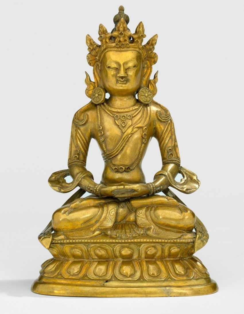 Bronze of Amitayus on a Lotus sitting - photo 1