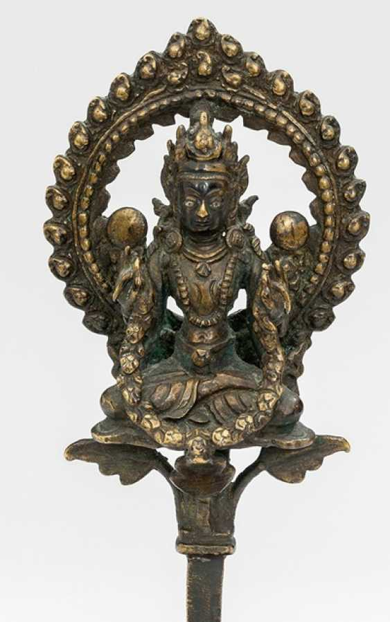 Bronze of a deity with silver deposits - photo 1