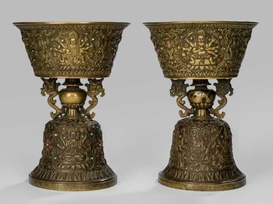 Pair of engraved butter lamp made of brass - photo 1
