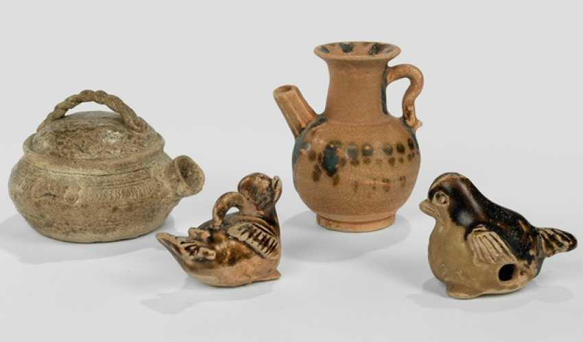 Whistle, bird pendant, and two small cans, including Changsha-Ware - photo 1