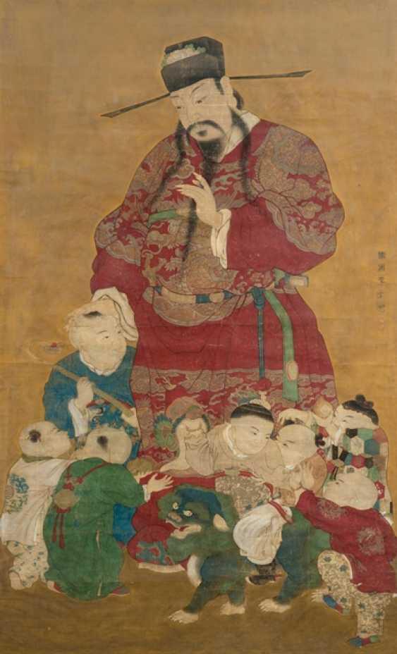Fine representation of the deity tianguan (ruler of heaven) m it boys - photo 1