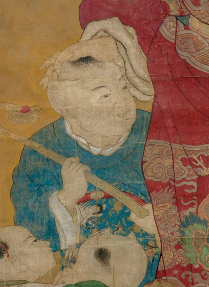 Fine representation of the deity tianguan (ruler of heaven) m it boys - photo 3