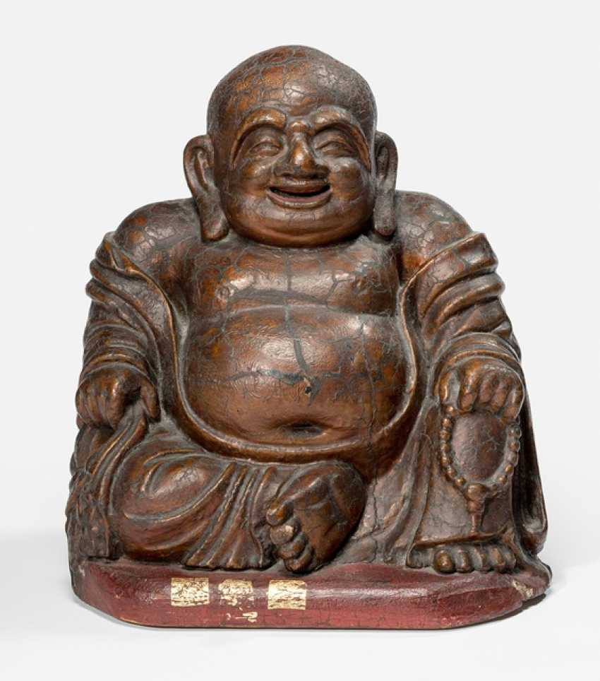 Figure of Budai made of wood with Lacquer overlay and gold plating - photo 1