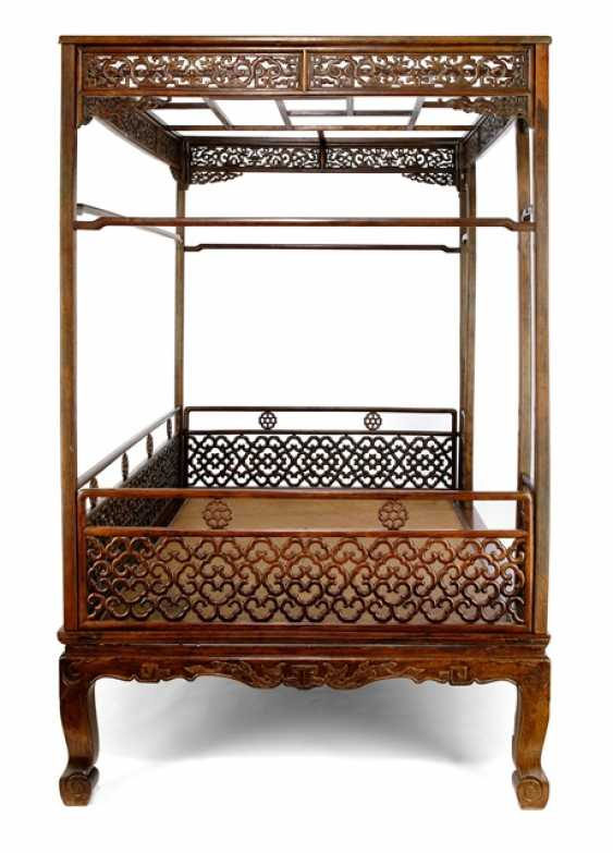 Fine and rare bed made of hard wood - photo 6