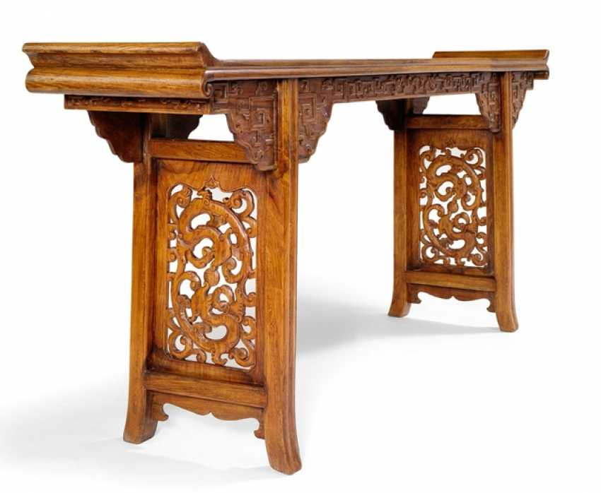 Altar table made of hard wood with the dragon carving - photo 4