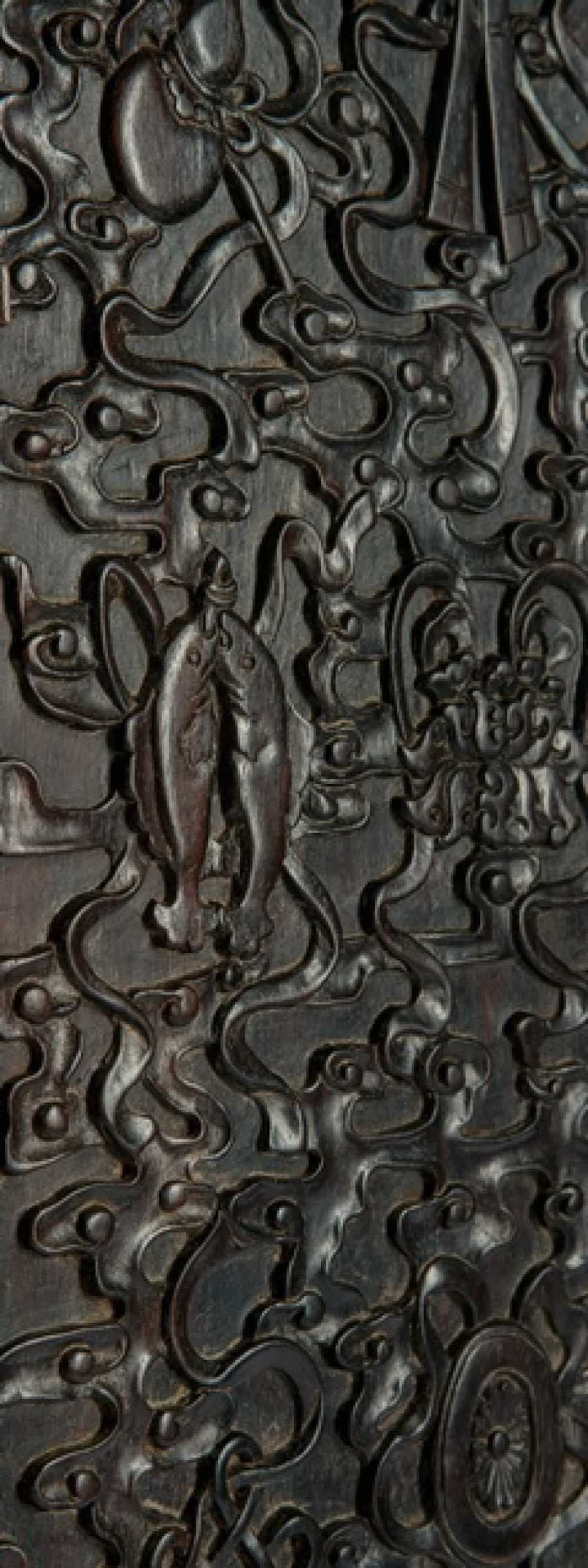 Fine Cabinet made of hard wood with Buddhist emblems and clouds pattern - photo 3