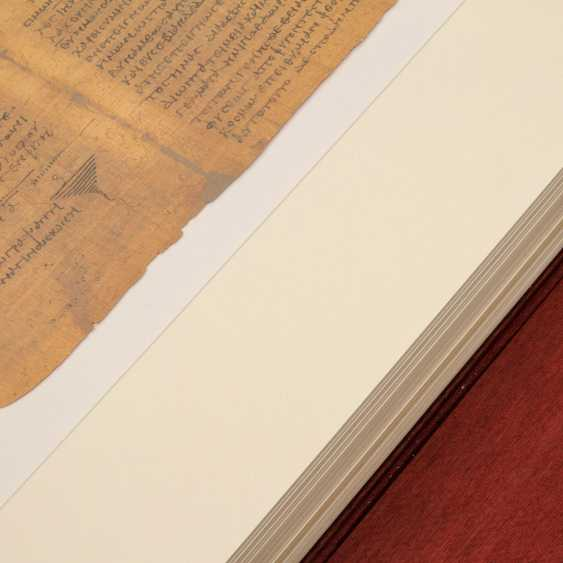 FAKSIMILE in the Vatican Apostolic Library - - photo 5