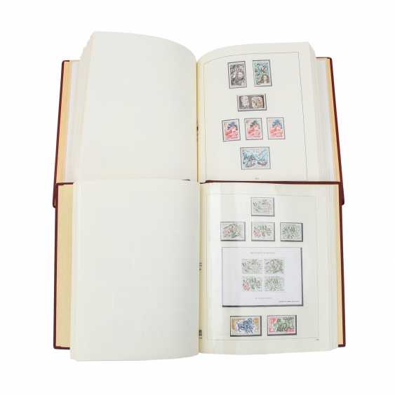 Monaco – Rich collection in 2 thick Kabe Clamping binder - photo 1