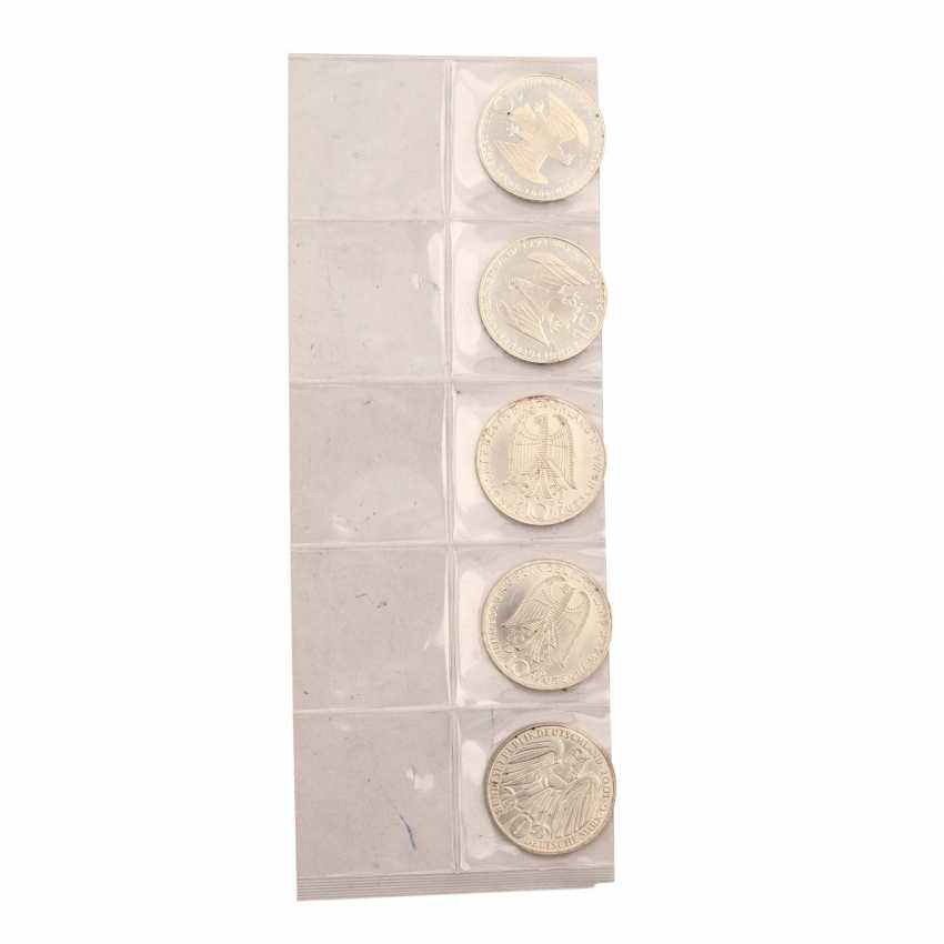 2 Sets of silver commemorative medals consisting of - photo 5