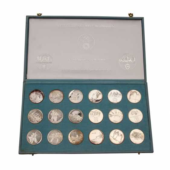 2 Sets of silver commemorative medals consisting of - photo 6